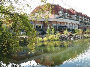 Prestige Harbourfront Resort Salmon Arm‎